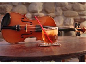 IMG_3230_violin_cocktail_300